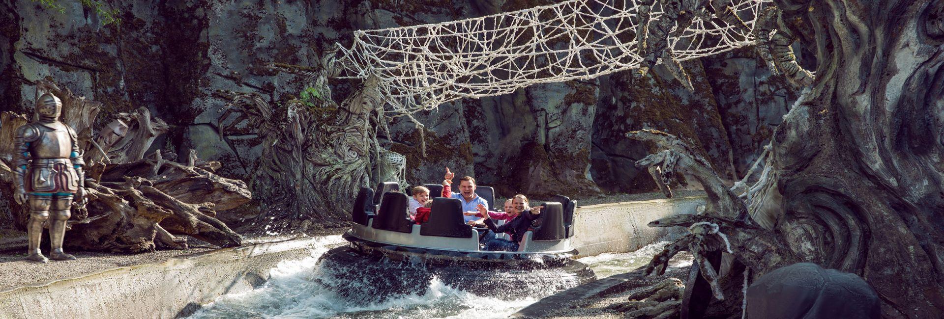 Movie Park Wasserbahn Boot